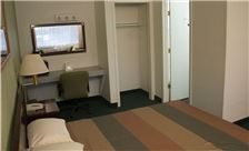 Palms Motel Room - Hotel King Bed Rooms Amenities