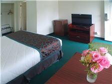 Palms Motel Room - King Room View 2 Motel Portland OR
